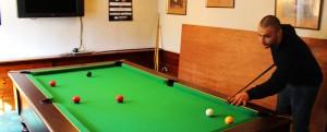 poachers inn pub in roche pool table