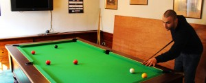 poachers inn pub in roche pool table